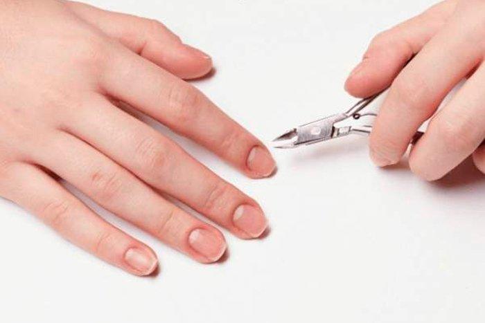 Tirar as cutículas pode ser prejudicial?