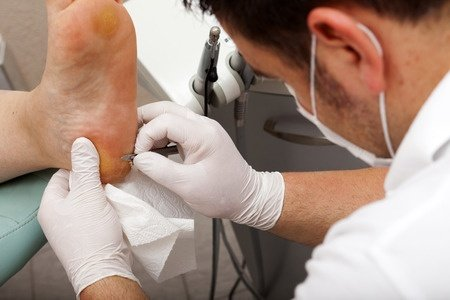 Hepatites – é um perigo para clientes, manicures, pedicures e podólogos ?